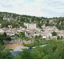 1022-vogue-plus-beaux-villages-de-france-ardeche.jpg