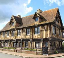1034-beuvron-en-auge-plus-beaux-villages-de-france-calavados.jpg