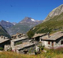 1037-bonneval-sur-arc-plus-beaux-villages-de-france-savoie.jpg