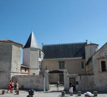 1547-musee-ernest-cognacq-saint-martin-de-re-ile-de-re-charente-maritime-nouvelle-aquitaine.jpg