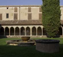 1567-abbaye-saint-hilaire-aude.jpg