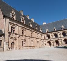 1602-chateau-bournazel-renaissance-aveyron.jpg