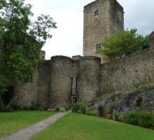 1605-chateau-belcastel-aveyron.jpg