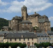 1616-chateau-d-estaing-aveyron.jpg