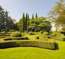 1701-les_jardins_du_manoir_d_eyrignac_-salignac-eyvigues-dordogne-nouvelle-aquitaine.jpg