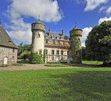 1734-chateau-de-sedaiges-marmanhac-cantal.jpg
