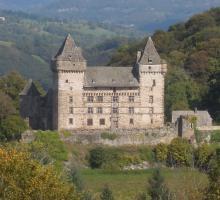 1745-chateau-de-messilhac-raulhac-cantal.jpg