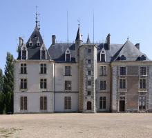 1987-chateau-de-maupas-morogues-cher.jpg