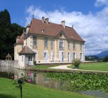 1998-chateau_de_longpra-saint-geoire-en-valdaine-isere-auvergne-rhone-alpes.jpg
