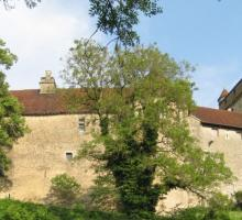 2001-chateau_du_pin_-jura-bourgogne-franche-comte.jpg