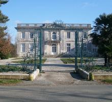 2068-chateau-de-pierre-levee-vendee.jpg