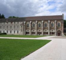 2085-abbaye-de-citeaux-cote-dor.jpg
