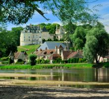 868-apremont-sur-allier-plus-beaux-villages-de-france-cher.jpg