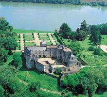 882-chateau_de_vayres_gironde.jpg