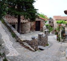 896-castelnou-plus-beaux-villages-de-france-pyrenees-orientales.jpg