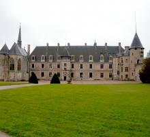 934-chateau_la-palice-lapalisse-allier.jpg