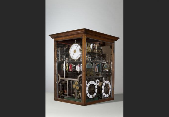 150-musee-de-l'horlogerie-69-horloge-astrologique.jpg