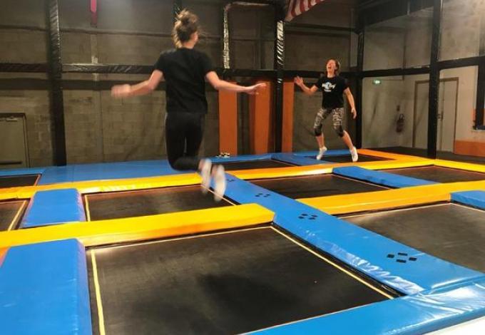 262-wafe-surf-cafe-trampoline.jpg