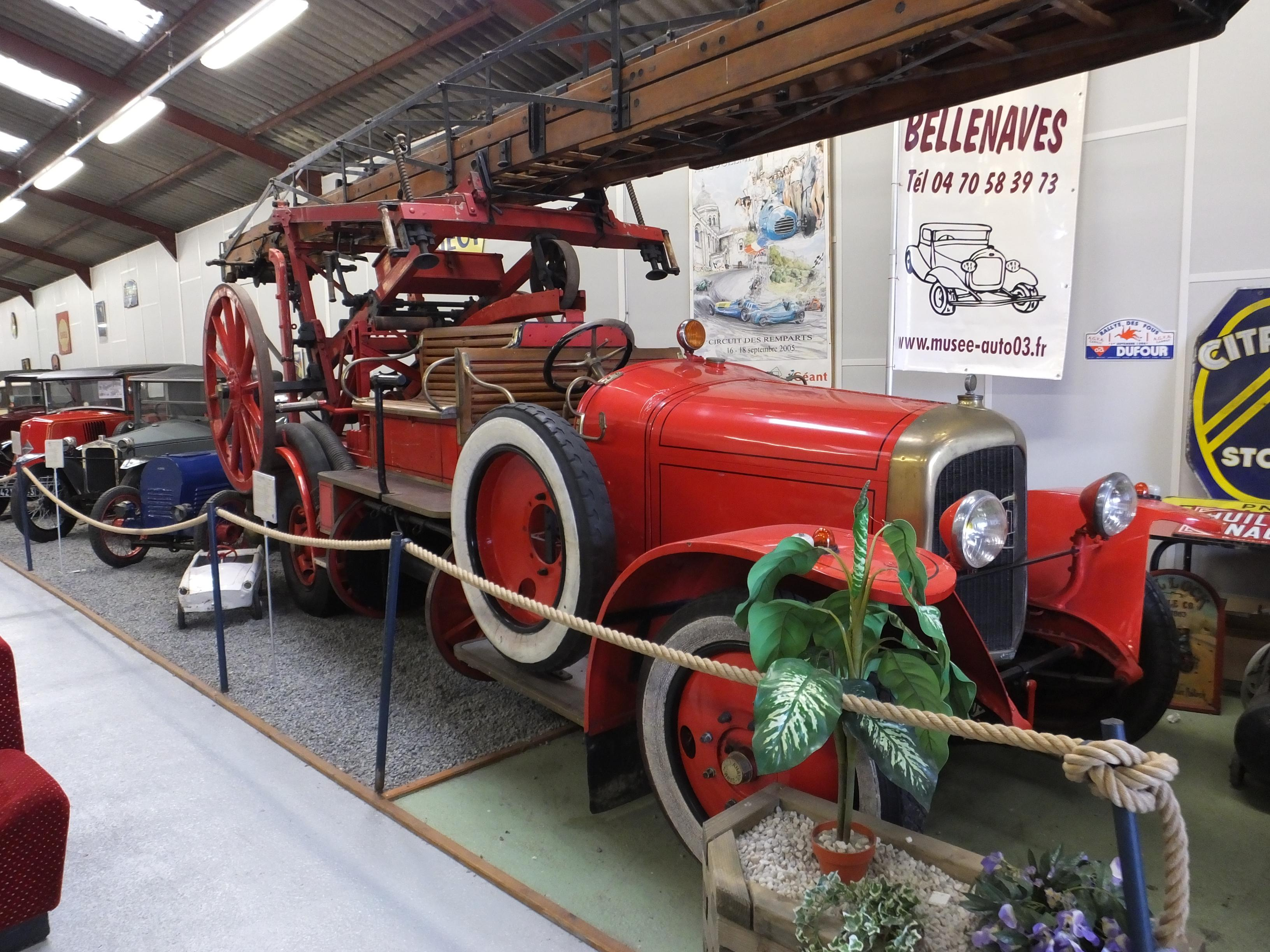 850-musee_automobiles_bellenaves-allier.jpg