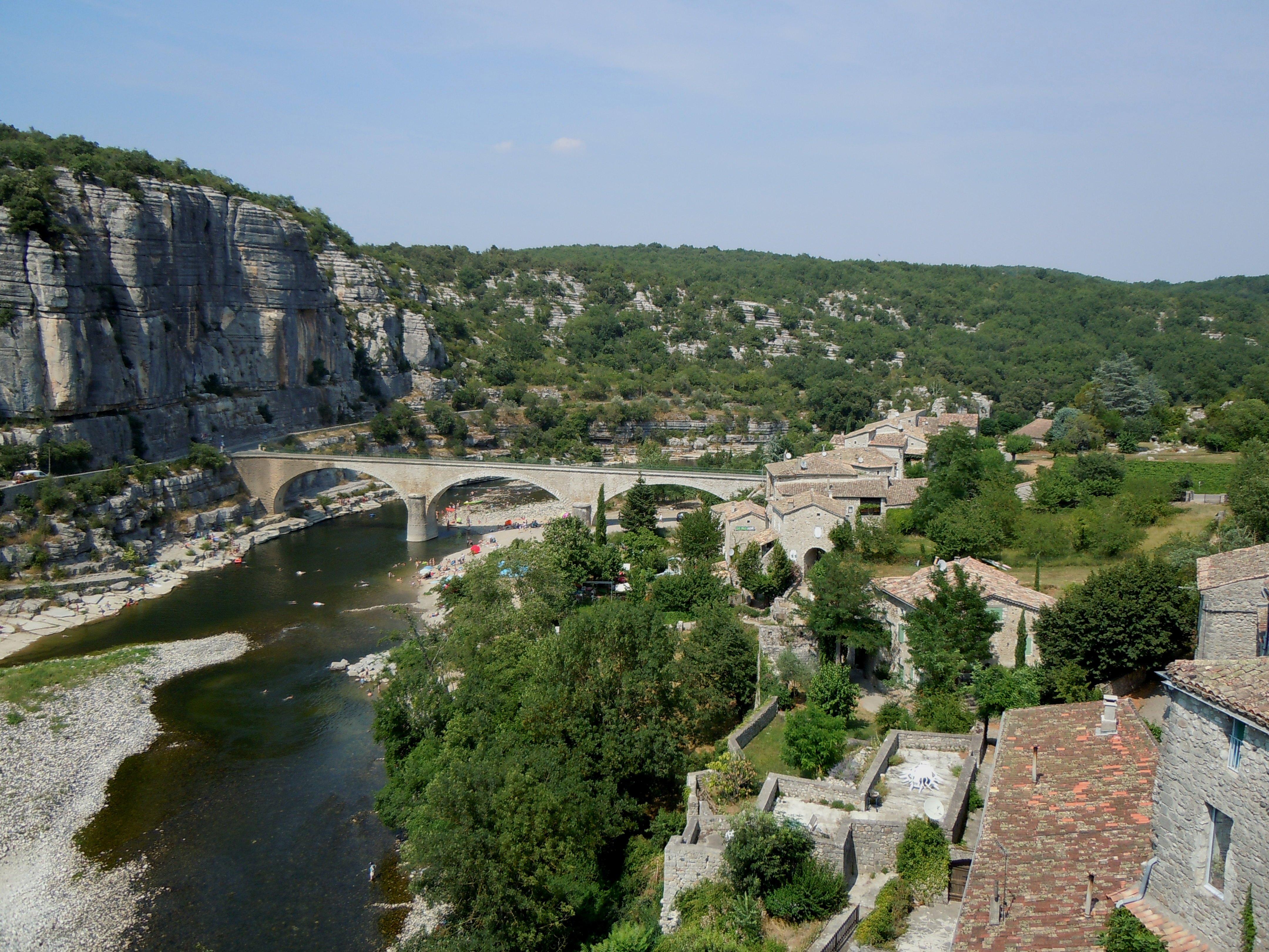 873-balazuc-plus-beaux-villages-de-france-ardeche.jpg