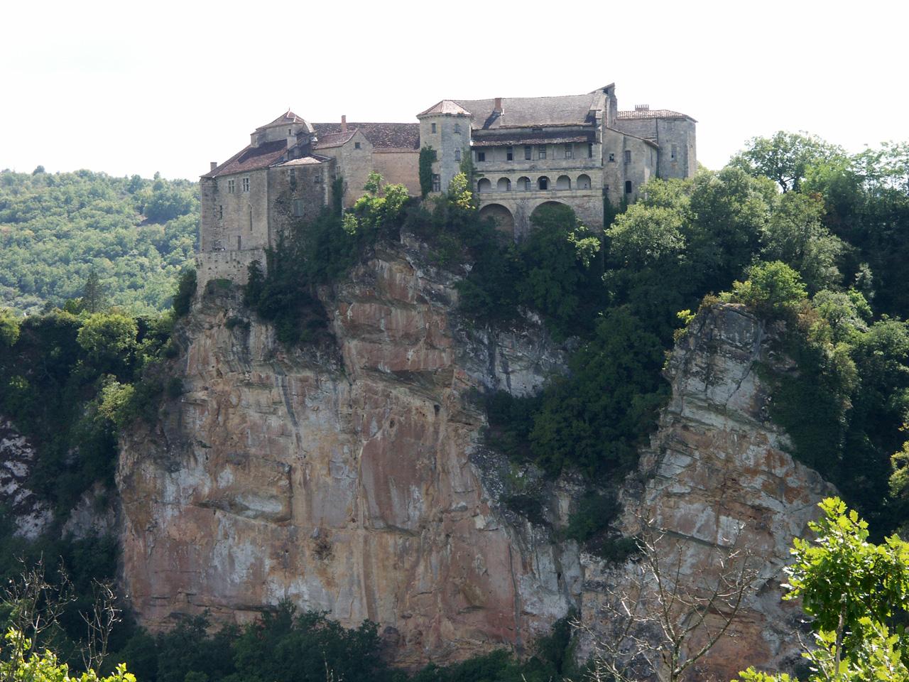 884-bruniquel-plus-beaux-villages-de-france-tarn-et-garonne.jpg