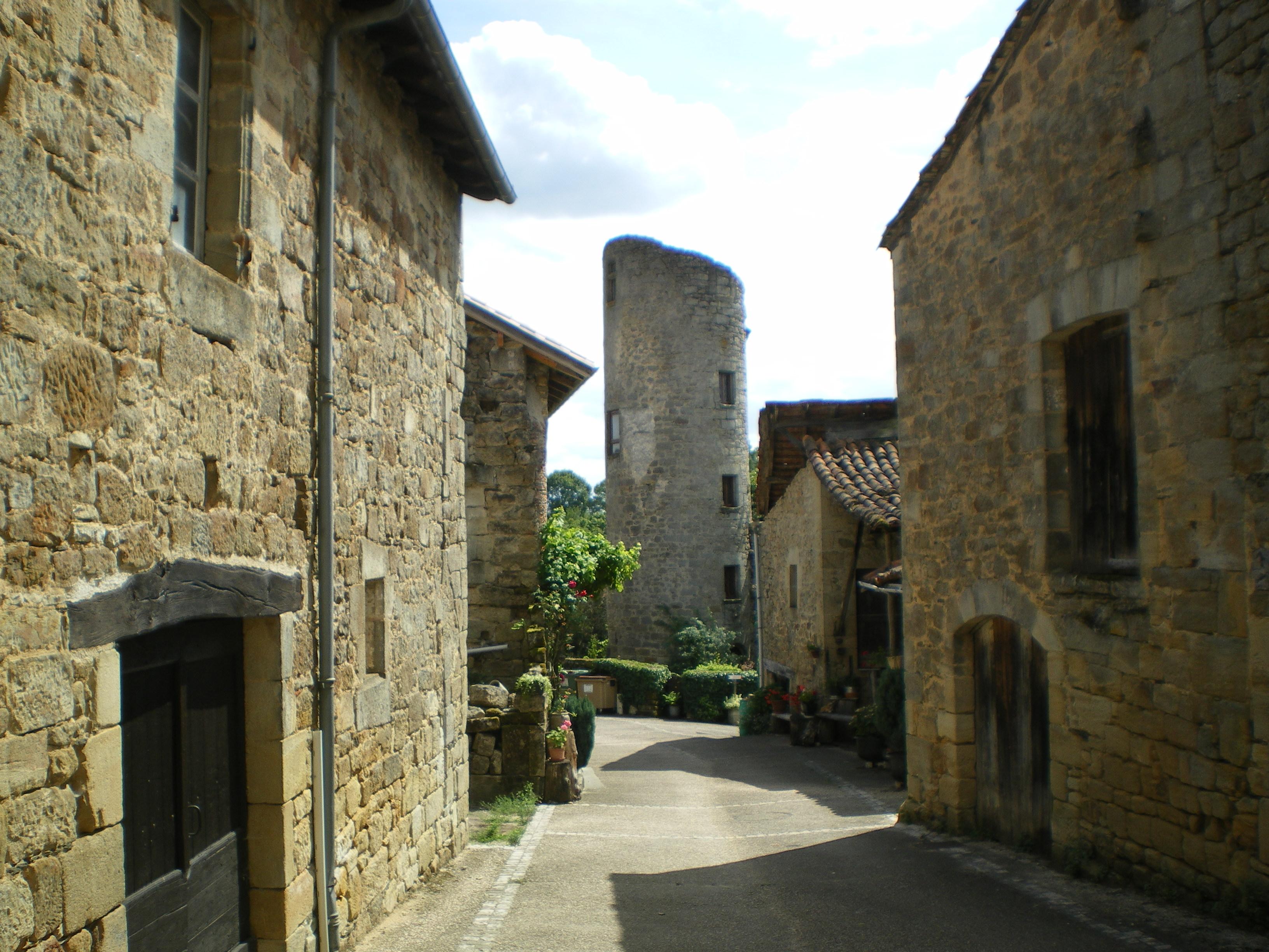 890-cardaillac-plus-beaux-villages-de-france-lot.jpg
