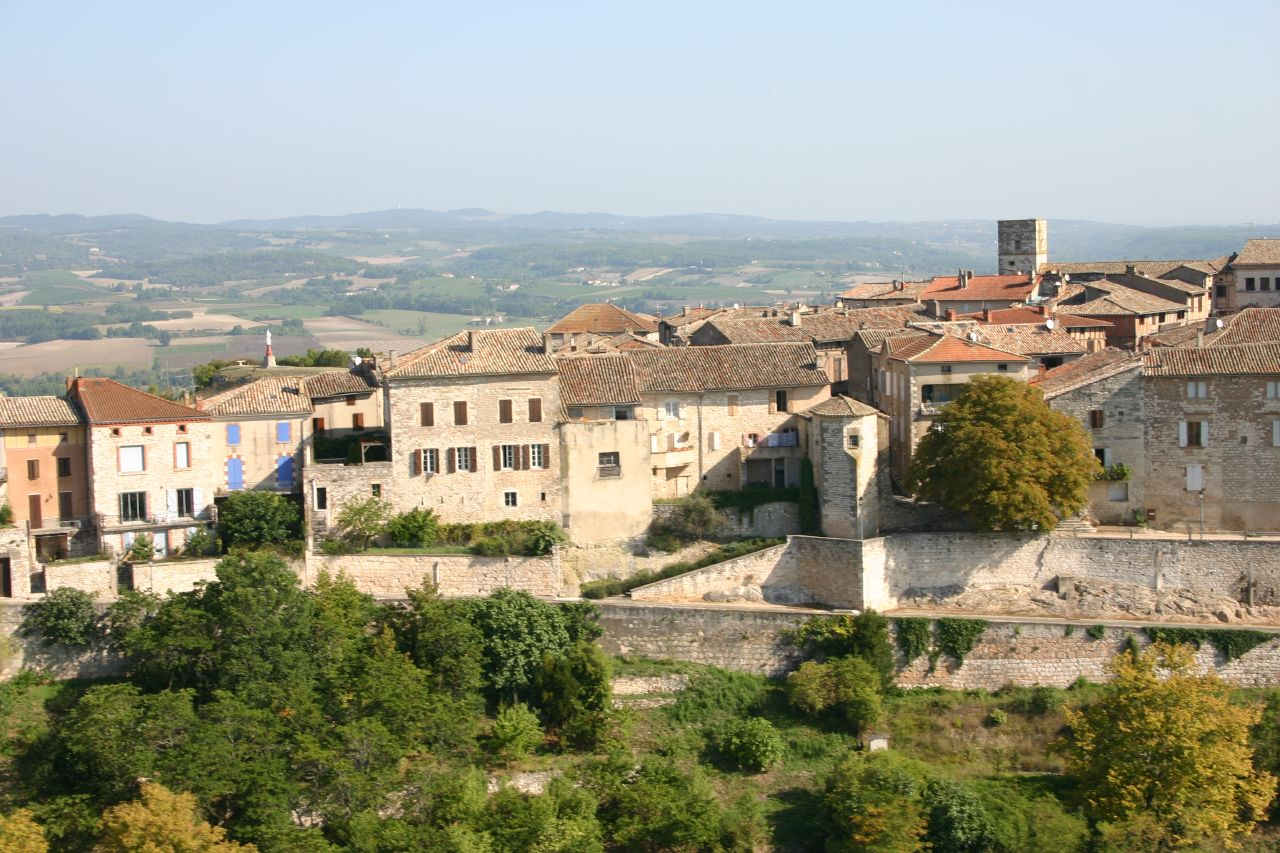 893-castelnau-de-montmiral-plus-beaux-villages-de-france-tarn.jpg