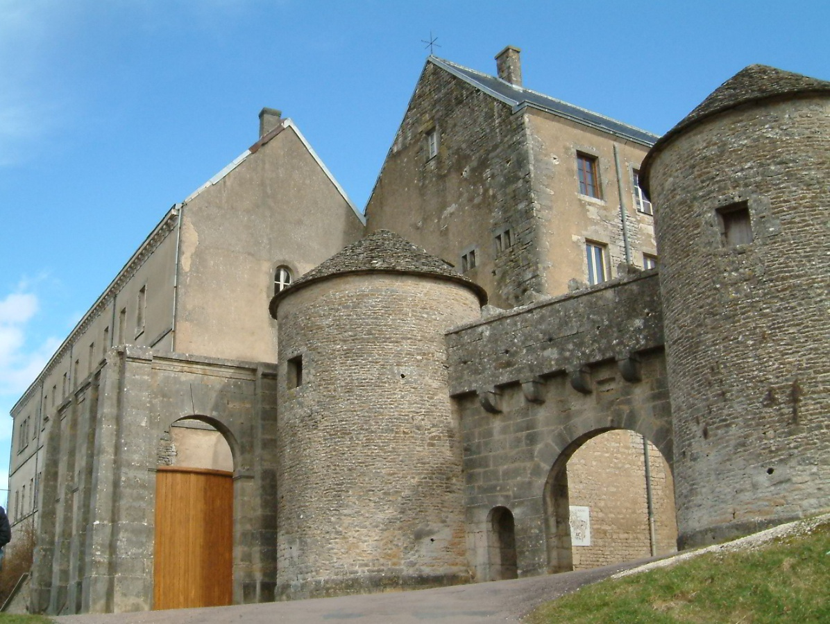 918-flavigny-sur-ozerain-plus-beaux-villages-de-france-cote-d'or.jpg