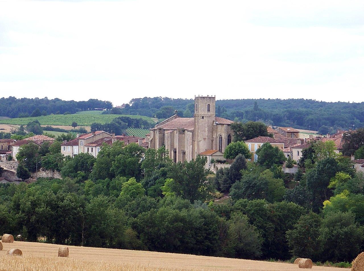 965-montreal-plus-beaux-villages-de-france-gers.jpg