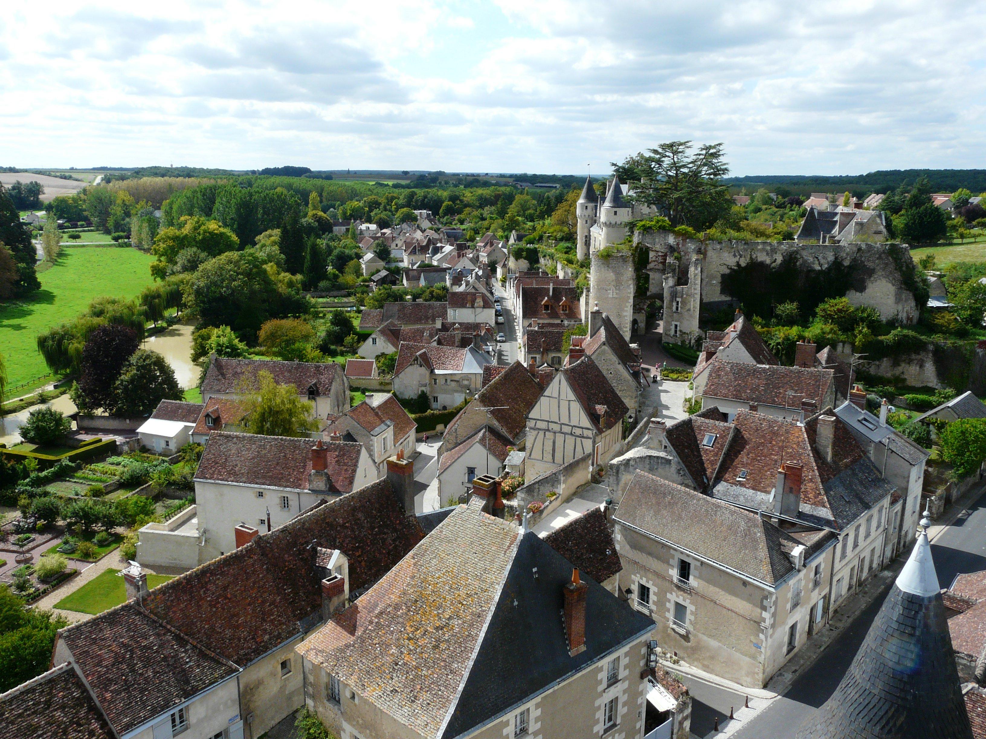 966-montresor-plus-beaux-villages-de-france-indre-et-loire.jpg