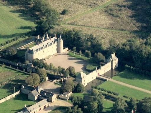 2123-chateau-de-bienassis-erquy-cotes-d-armor.jpg