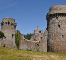 2121-chateau-de-la-hunaudaye-piedeliac-cotes-d-armor.jpg