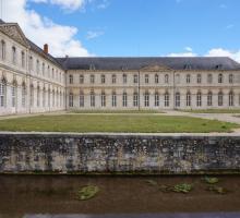 2225-abbaye_notre-dame_du_bec_hellouin_27.jpg