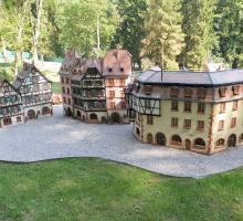 2666-parc-miniature-de-plombieres-les-bains.jpg