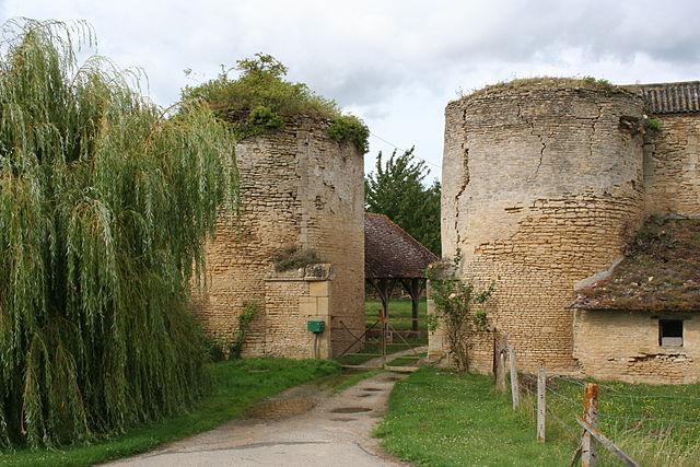 2633-chateau-de-courcy-normandie.jpg