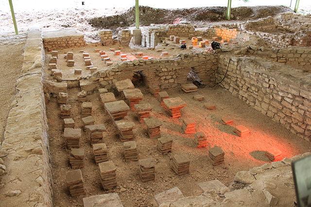 2683-site-archeologique-d'escolives-1.jpg
