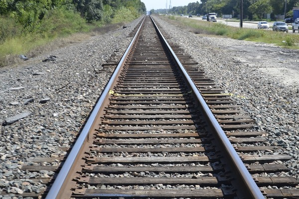 2715-rail.jpg