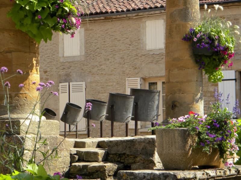 27-villefranche-du-perigord-la-halle.jpg