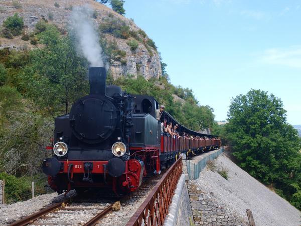 2781-cfthq-chemin-de-fer-touristique-quercy.jpg