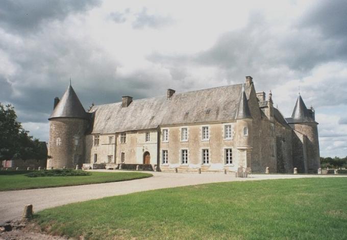 135-chateau-de-saveilles-entree-2.jpg