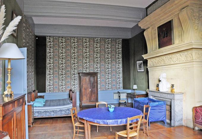 34-chateau-lanquais-hebergement-renaissance-1.jpg