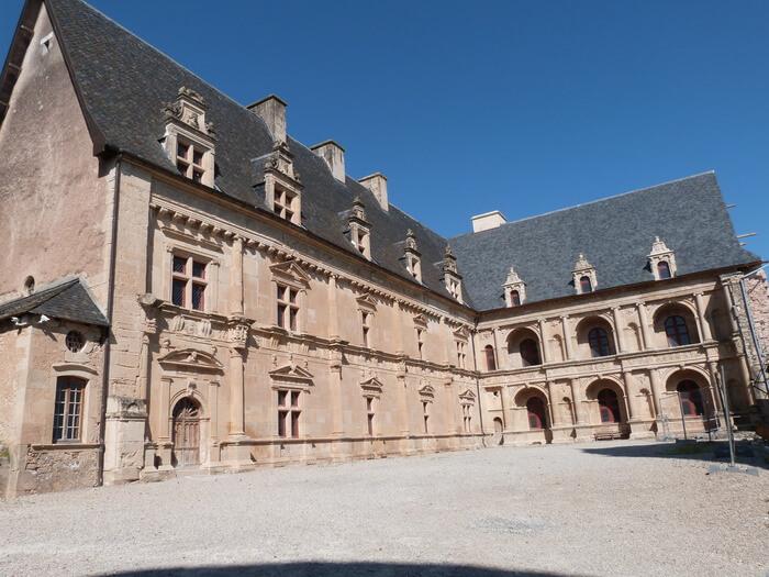 1602-chateau-bournazel-aveyron.jpg