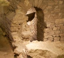 631-crypte-archeologique-de-l'ile-de-la-cite-paris.jpg