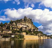 beynac-et-cazenac-plus-beaux-villages-de-france-dordogne.jpg