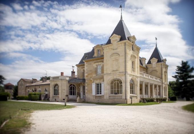 207-chateau-leognan.jpg