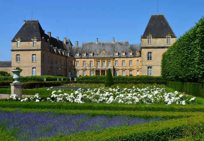 76-chateau-dree-basse-cour.jpg