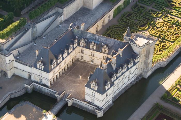 85-chateau-de-villandry-vue-aerienne.jpg
