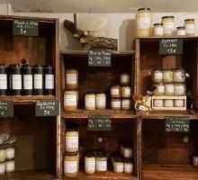 2810-ruches-de-la-bastide-entrevennes-alpes-de-haute-provence.jpg