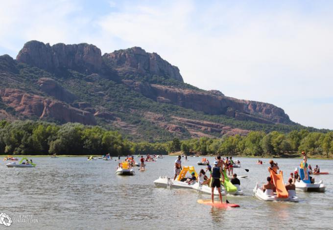 2833-waterglisse-arena-pedalo-kayak-paddle-roquebrune-sur-argens-var.jpg