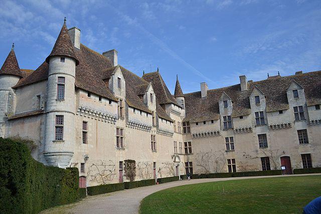 7129-chateau-de-neuvic-dordogne-nouvelle-aquitaine.jpg